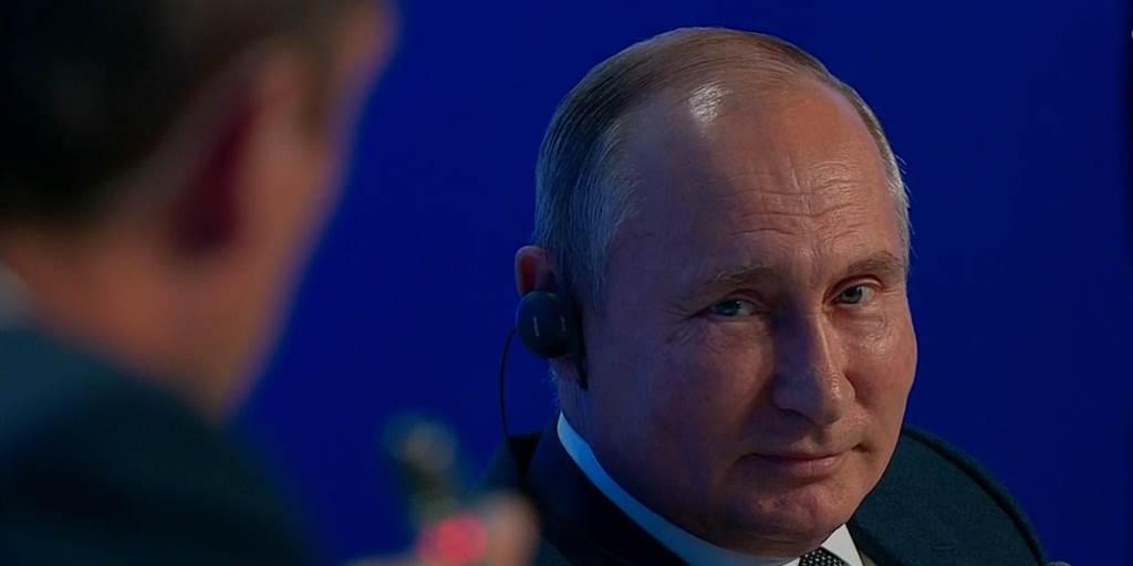 نظرسنجی روس ها برای باقی ماندن پوتین در قدرت تا سال ۲۰۳۶ photo 2019 10 09 09 00 16