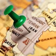 پیشبینی کارشناسان: اقتصاد ایران در ورطه خطرناک ونزوئلایی شدن میافتد 9 3 180x180