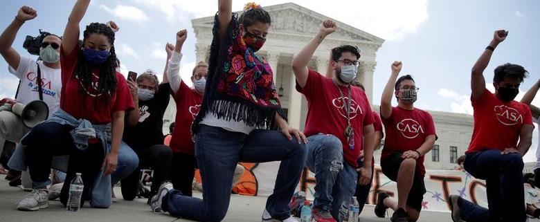 بیشتر مردم آمریکا از تظاهرات علیه نژادپرستی حمایت میکنند download 15 780x321