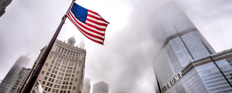 اقتصاد آمریکا ۱۵ تریلیون دلار از تعطیلی مدارس آسیب میبیند US flag 800x321